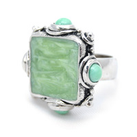 Viento Poppy Ring in Rhodium and Green