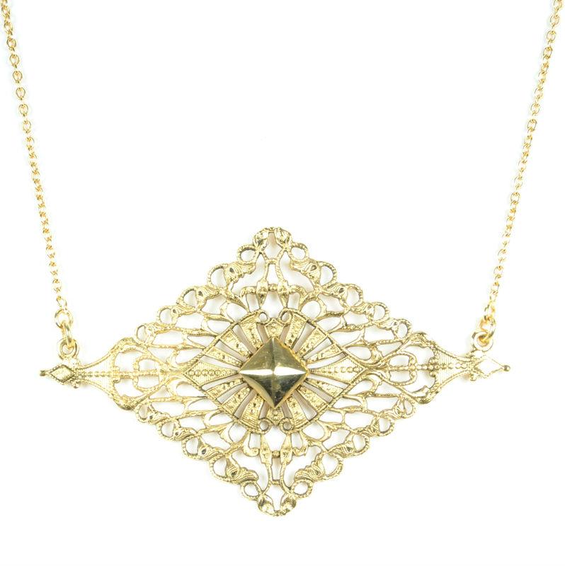 Viento Maja Necklace in Antique Gold