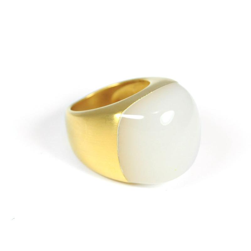 Lucas Jack Pebble Ring in White