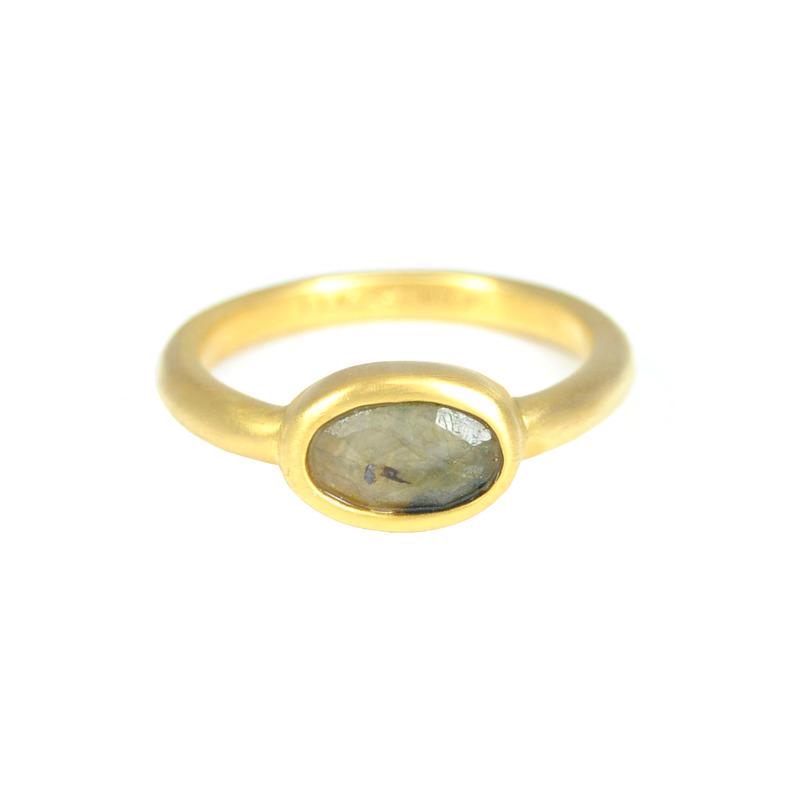 Lucas Jack Delicate Oval Ring in Labradorite
