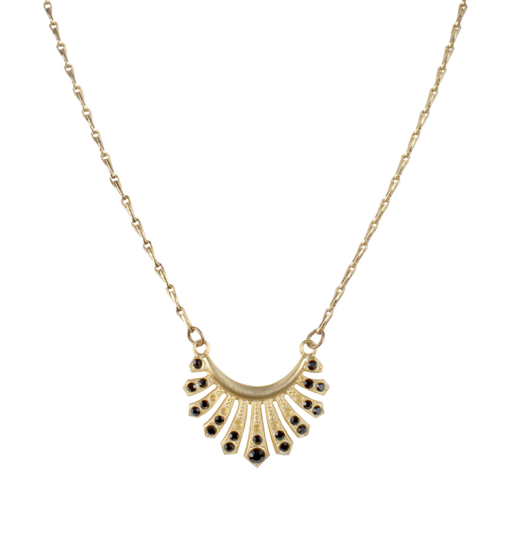 Angel Court Thessaly Necklace in Jet
