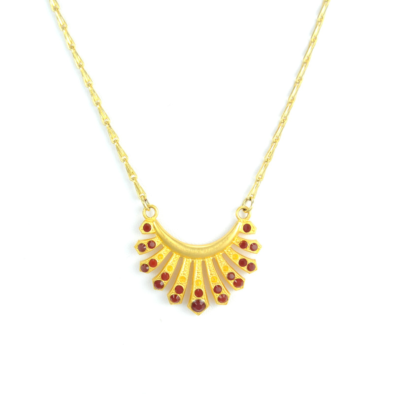Angel Court Thessaly Necklace in Red