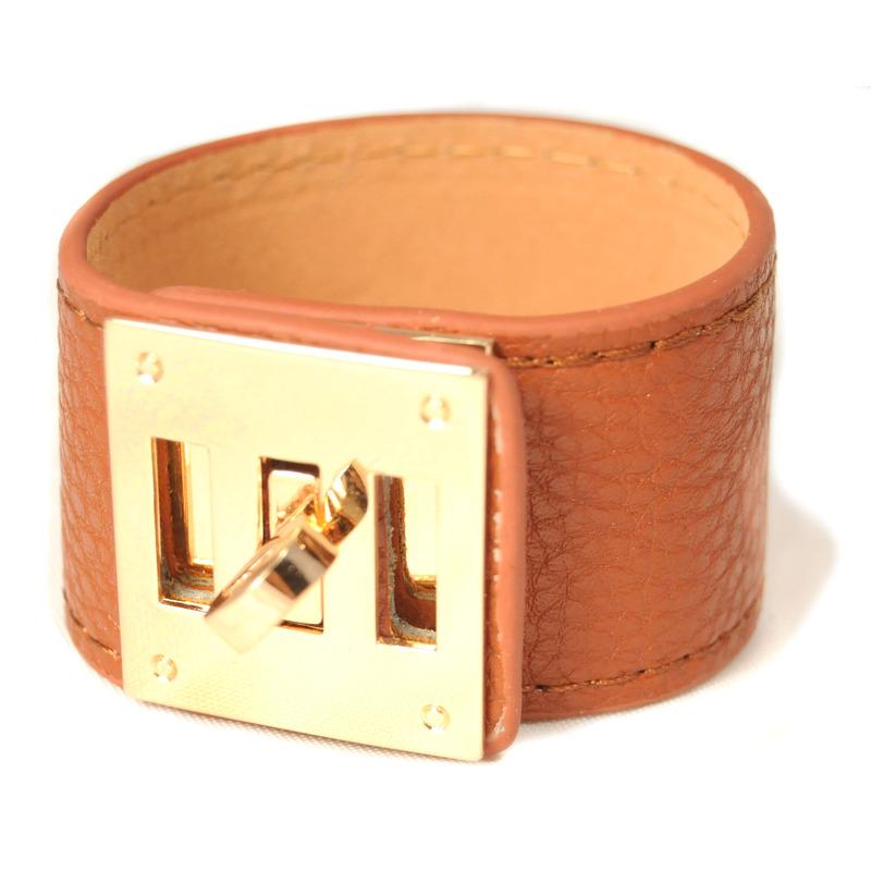 Urban Gem Leather Resort Cuff in Chestnut