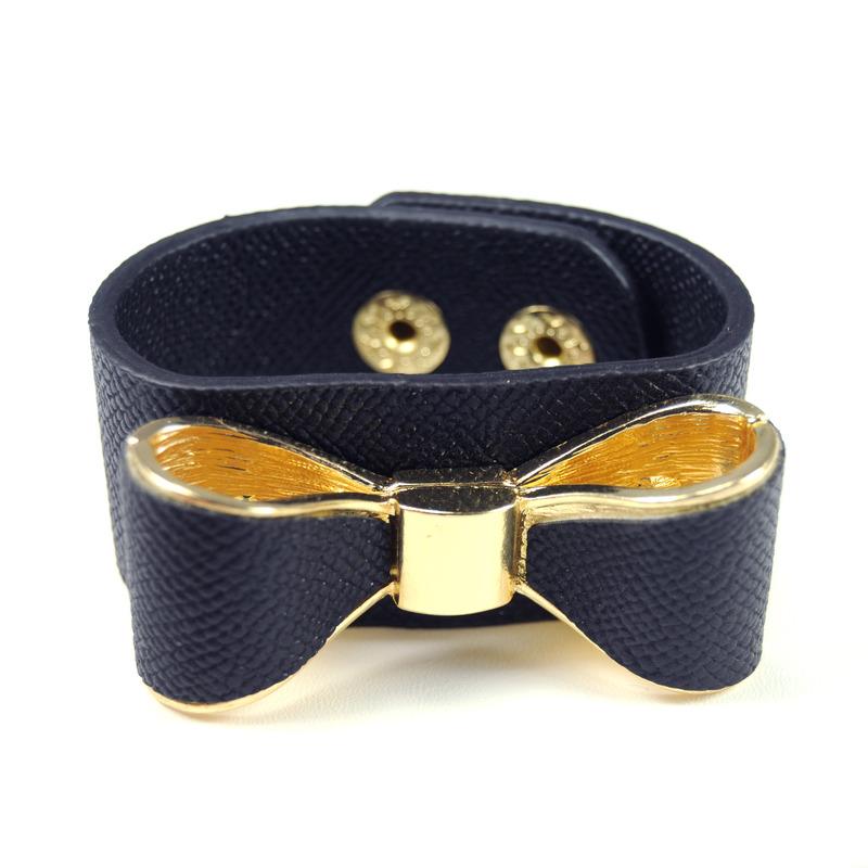 Urban Gem Bow and Scrape Bracelet in Black