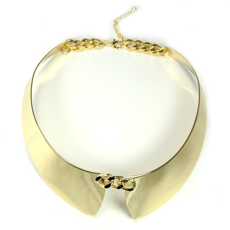 Adia Kibur Metallic Knot Necklace in Gold
