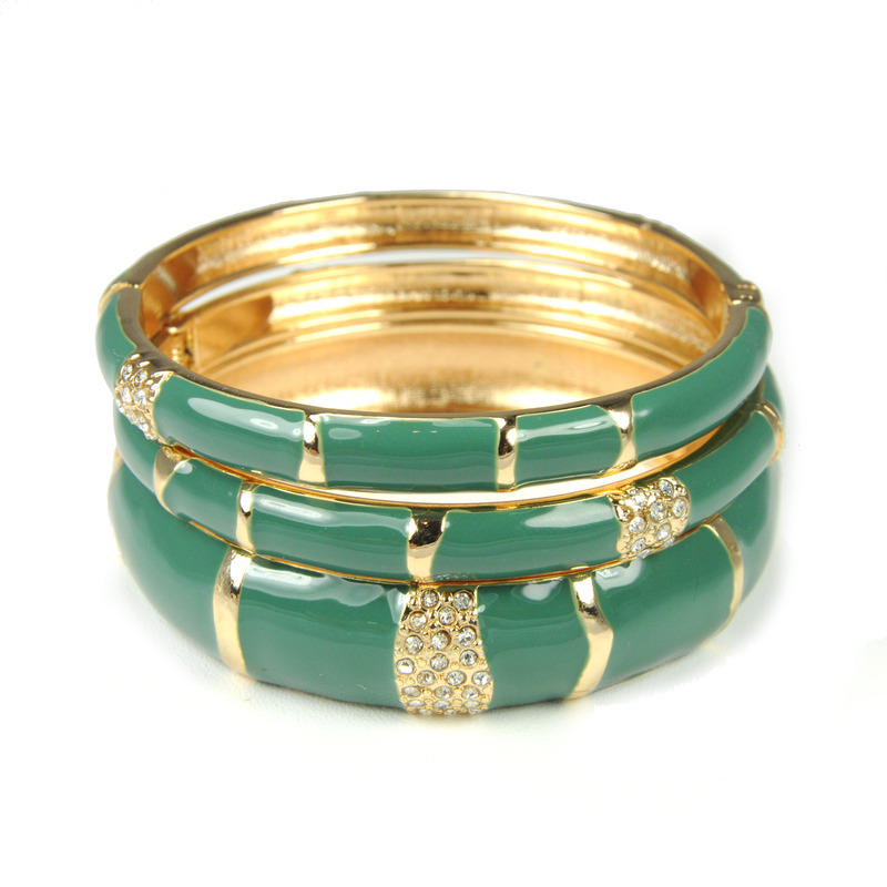 Urban Gem Tahitian Holiday Bangles in Olive