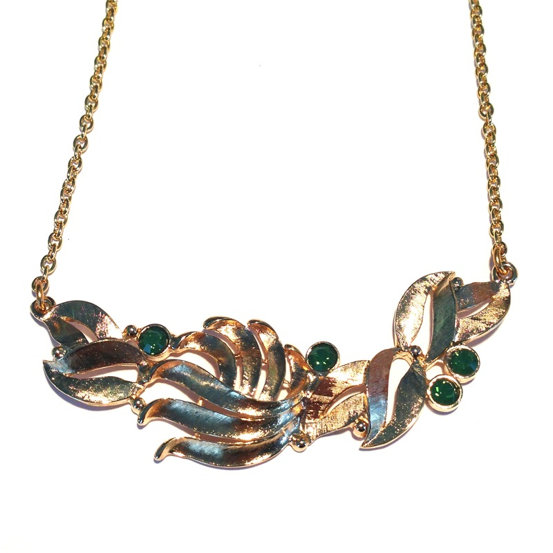 Skinny Fern Necklace in Green
