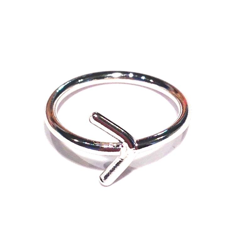 Urban Gem Arrow Midi Ring in Silver