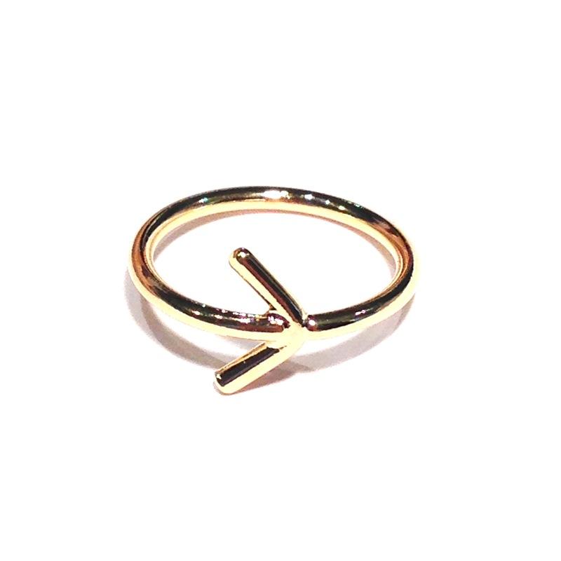 Urban Gem Arrow Midi Ring in Gold