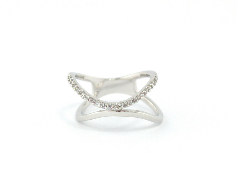 Wanderlust + Co Wave Double Crystal Silver Ring