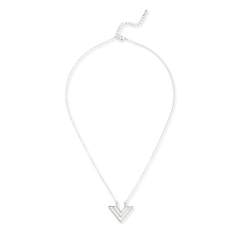 Jill Michael Chevron Pendant Necklace in Silver