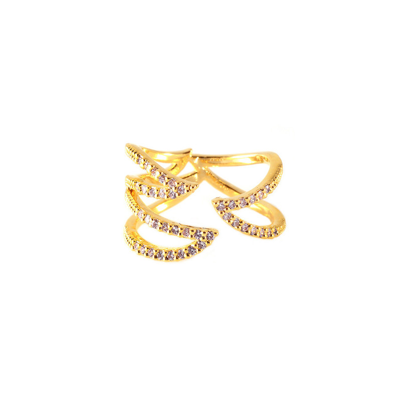 Wanderlust + Co Claw Pave Ring in Gold