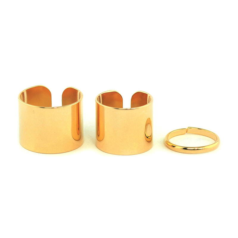 Wanderlust + Co Trio Stack Ring in Gold