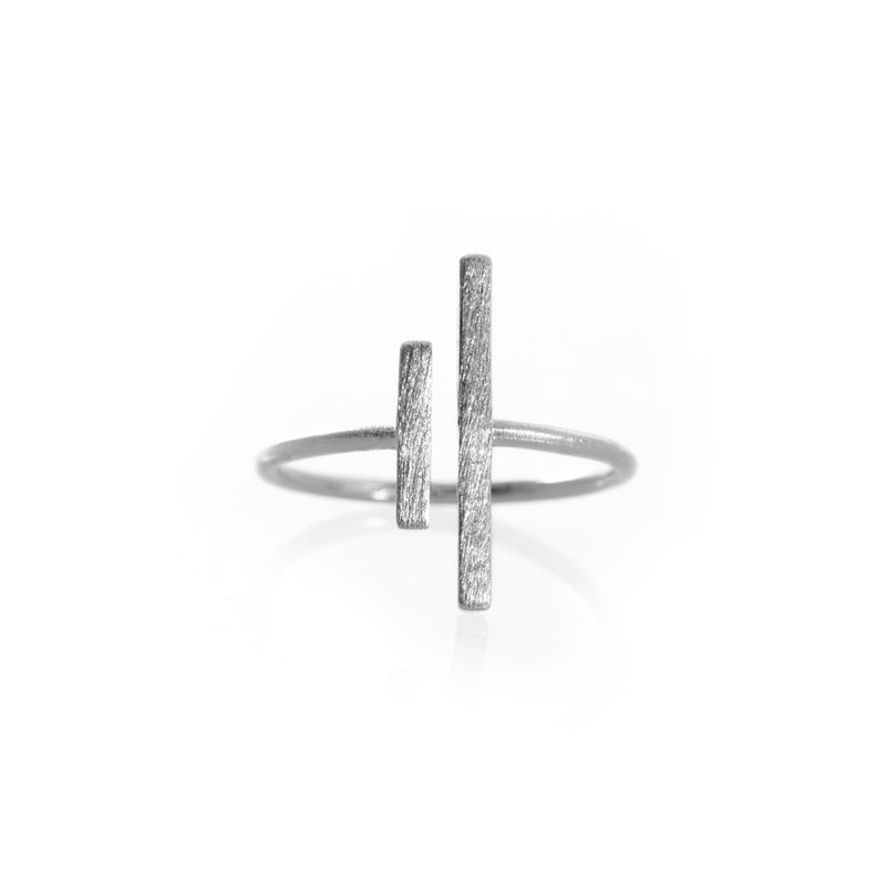 Wanderlust + Co Double-Box Split Silver Ring