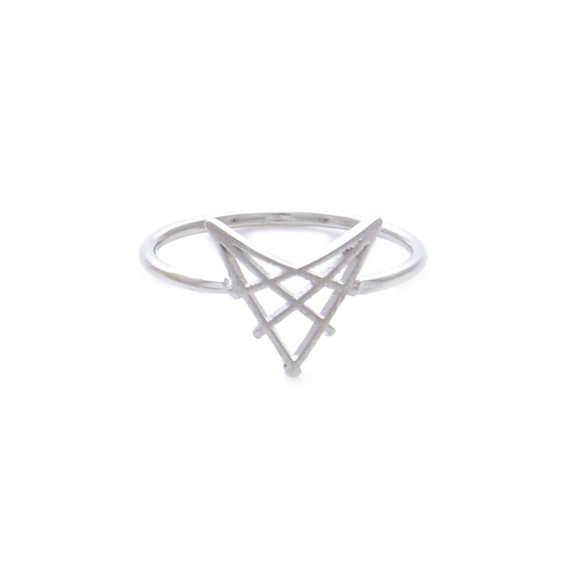 Wanderlust + Co Arrowhead Silver Ring