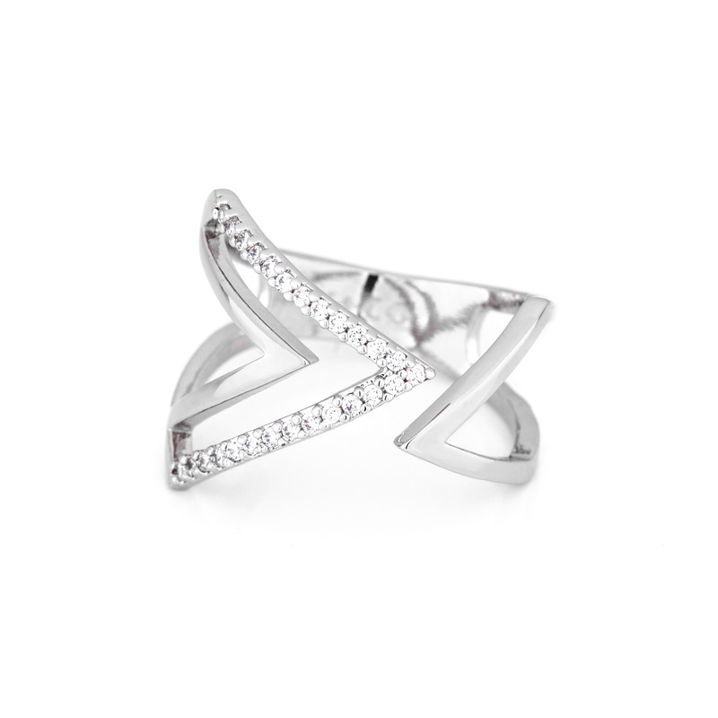 Wanderlust + Co Aztec Pave Ring in Silver