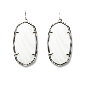 Kendra Scott Danielle Silver Earrings in White Pearl