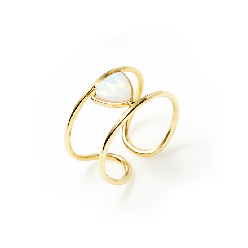 Wanderlust + Co Aurora Bar Ring in Gold