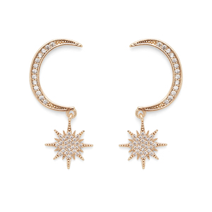 Aster Arum Earrings in Gold
